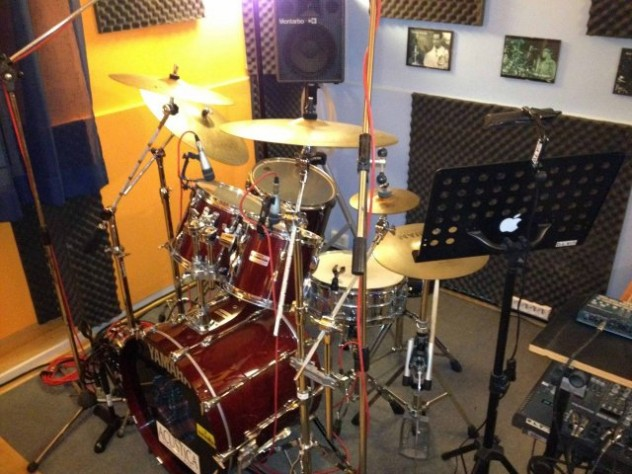 phoca_thumb_l_DLV drum school 2